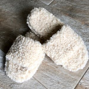 Capelli Faux Sheepskin Fur Slippers
